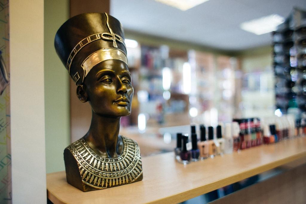 Salon-kosmetiki-Nefertiti-v-Melitopole