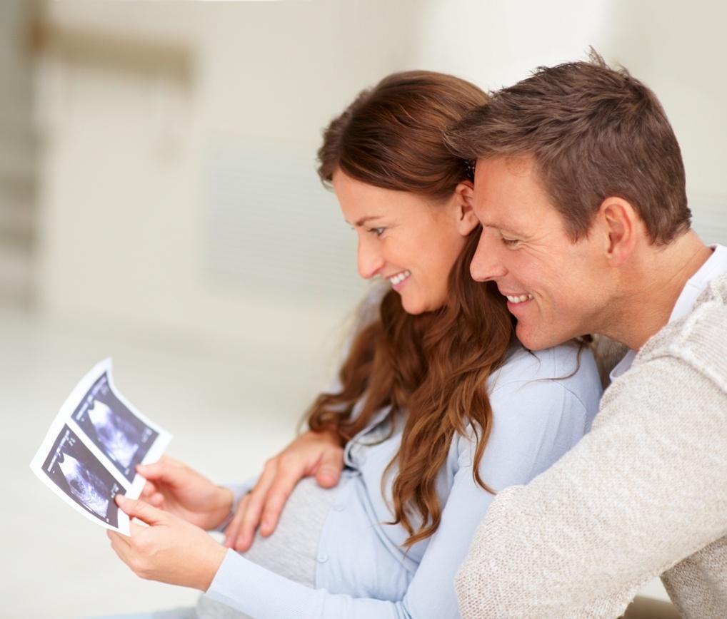 Картинки с беременными женщинами и мужчинами
