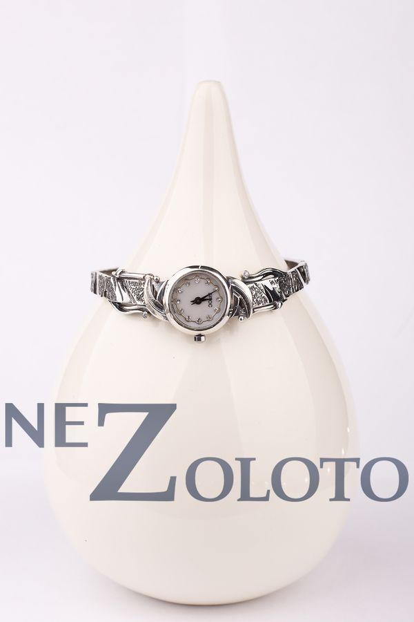 серебрянные наручные часы