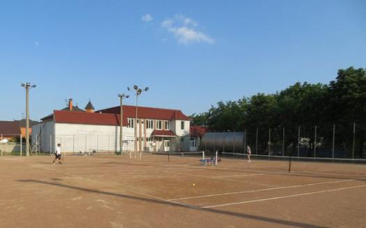 Теннисный-корт-Каштан-Мелитополь
