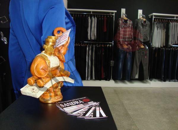 Магазин женской одежды Сандра в Мелитополе_03