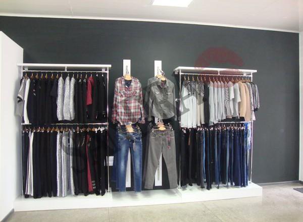 Магазин женской одежды Сандра в Мелитополе_04