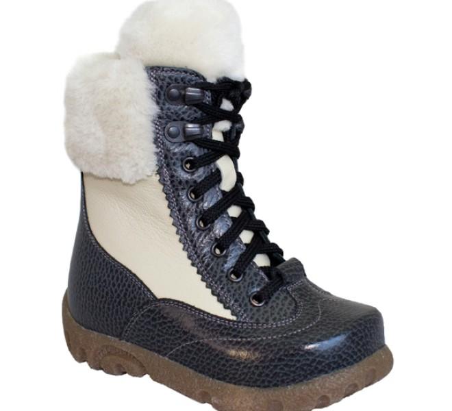 Зимние ортопедические сапожки на шнуровке
