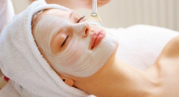 Отбеливание, увлажнение кожи лица