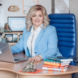 Олена Коломоєць-Гаркуша