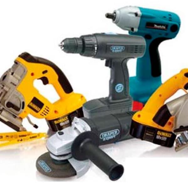 Собираем домашний набор инструментов: что следует купить мужчине?